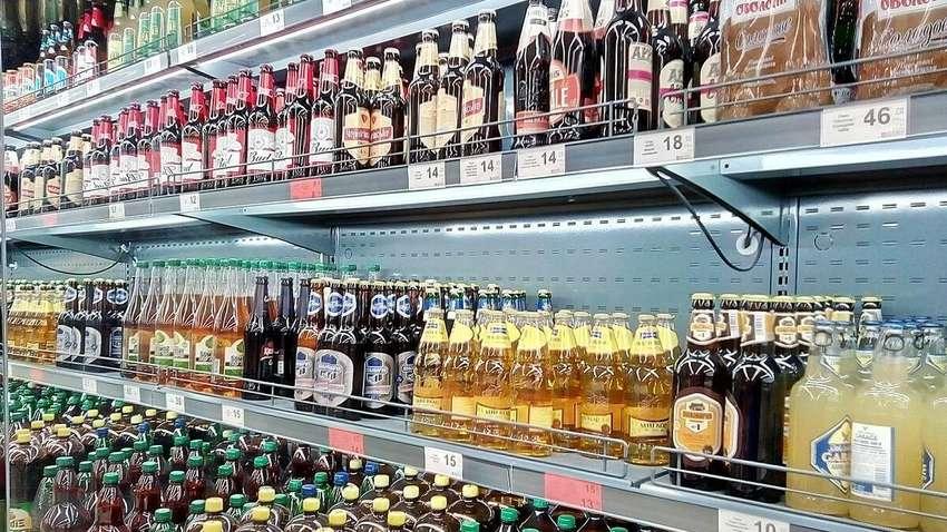Даже пиво: в Украине могут запретить продавать сигареты и алкоголь в магазинах и супермаркетах