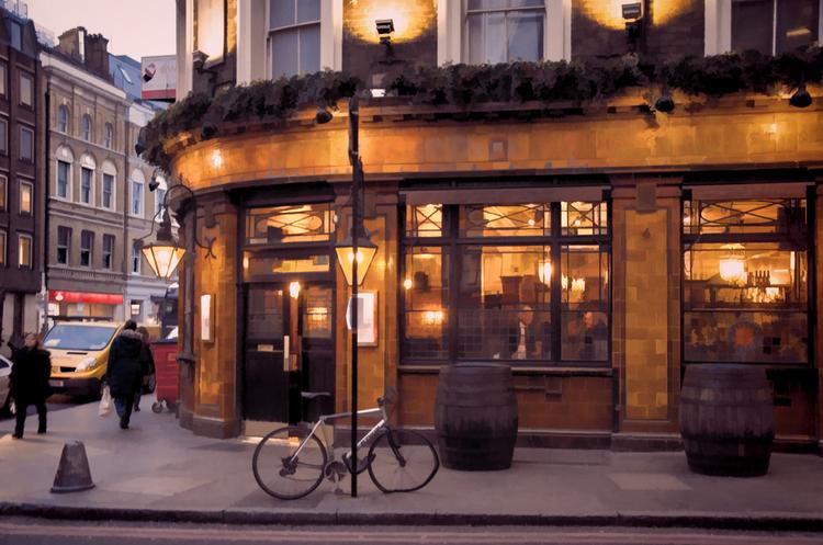 В 2020 году продажи пива в британских пабах упали до минимума за последние 100 лет